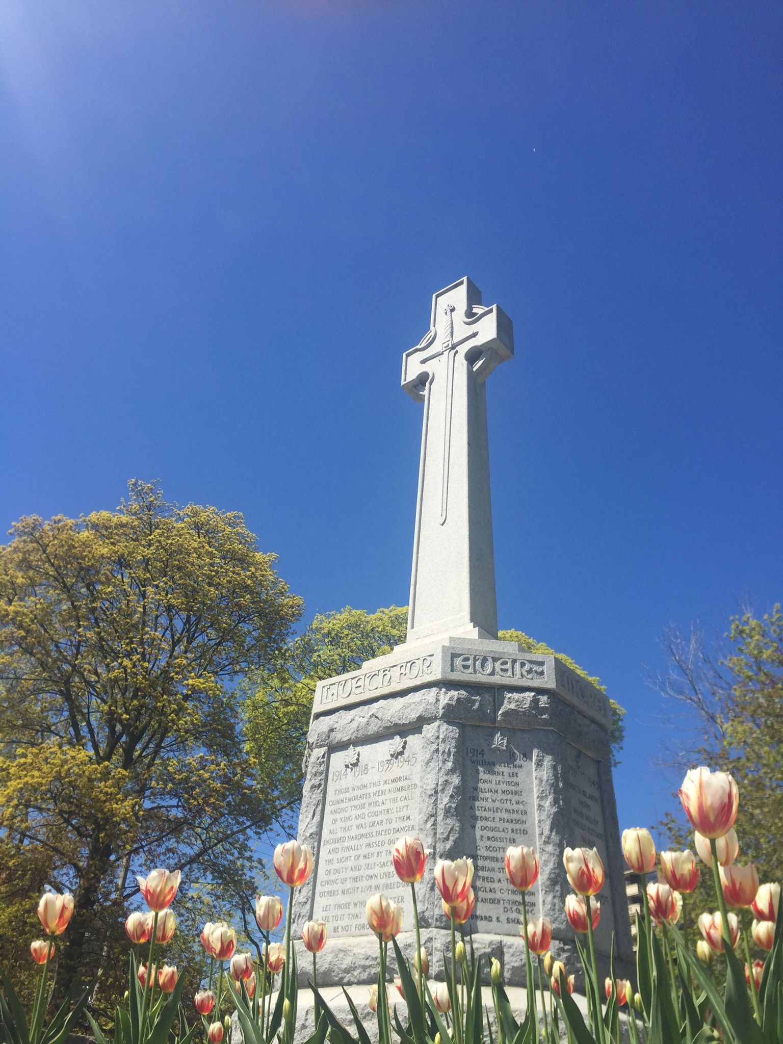 Port Credit Cenotaph