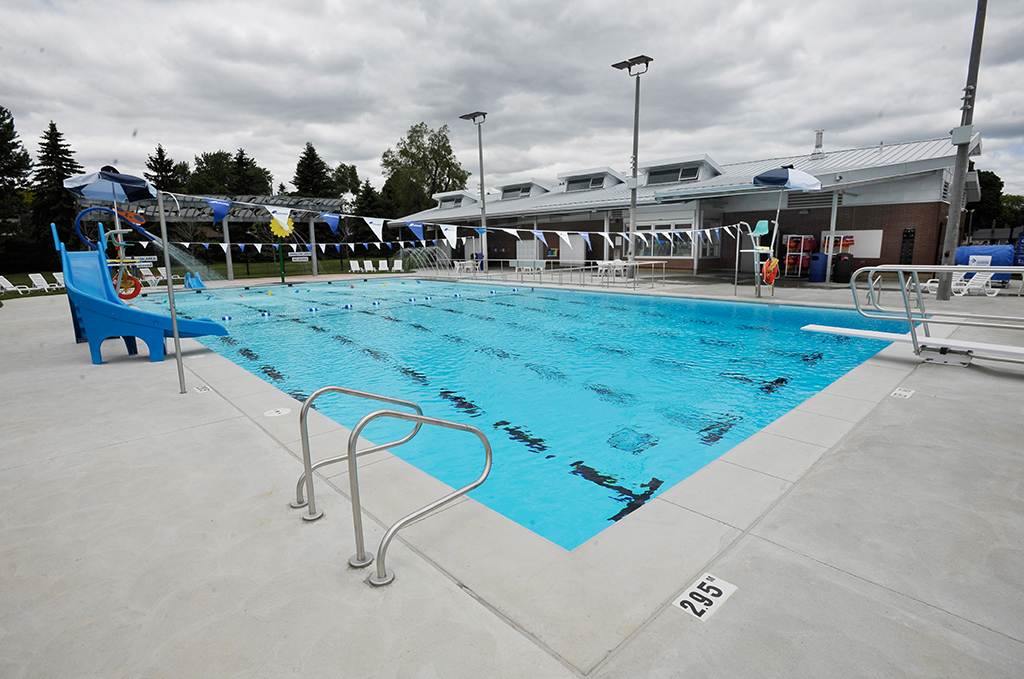 Workout for swimmers outside the pool blog dandk Can pregnant women swim in public pools